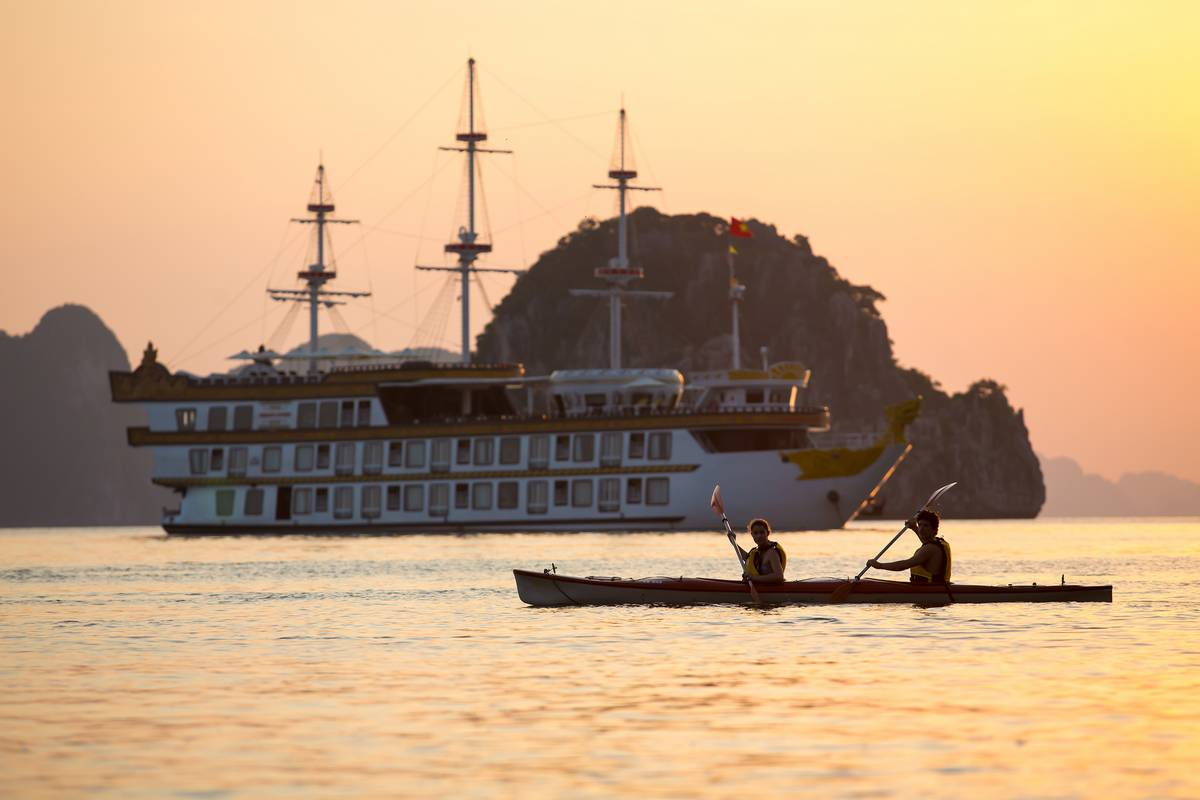 Halong Bay Luxury Cruise Kayaking - Dragon Legend